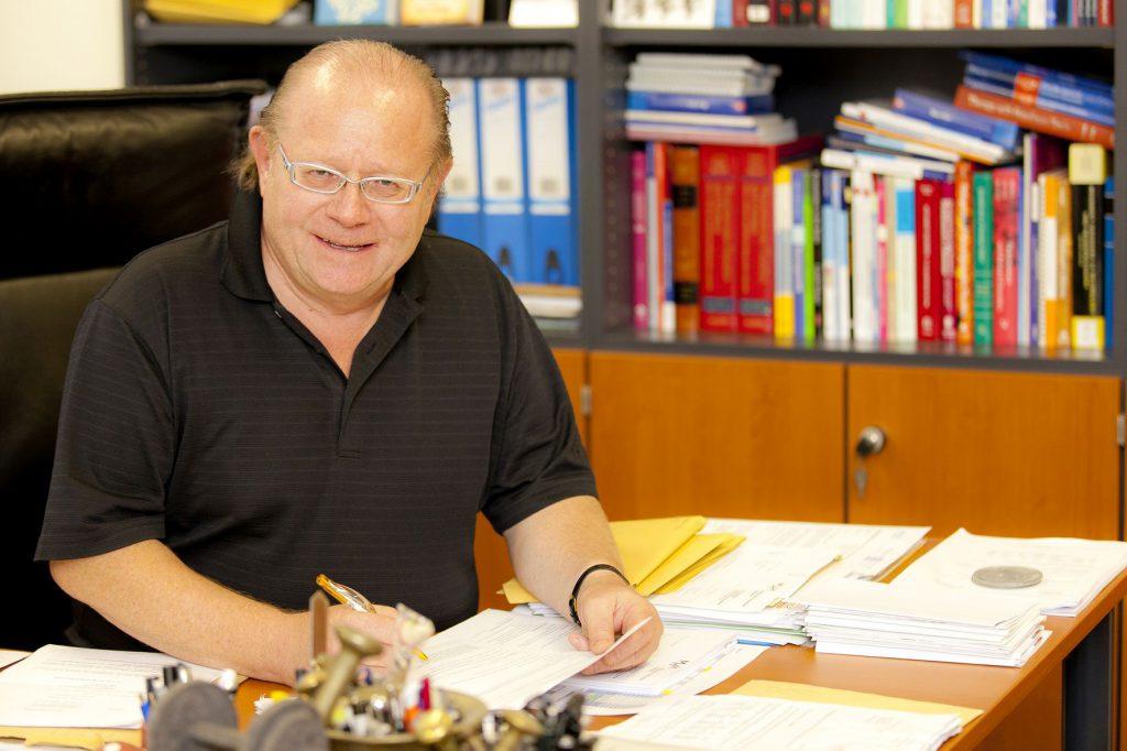 Bild Prof. Dr. med. Dirk Dressler über IAB und die IAB Akademie